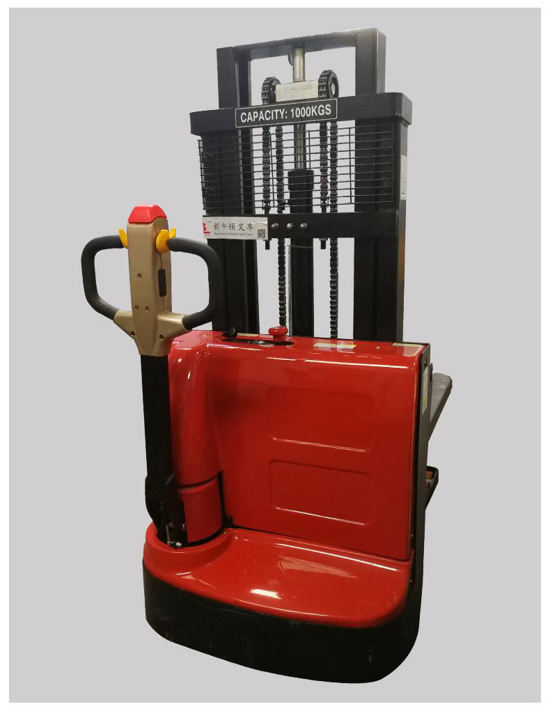 electric stacker truck 3