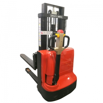 battery operated pallet stacker (6)