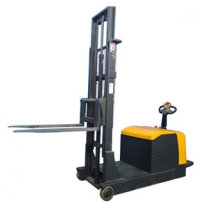 Counterbalance electric stacker with electronic power steering without forks