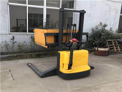 pallet stackers manufacturers