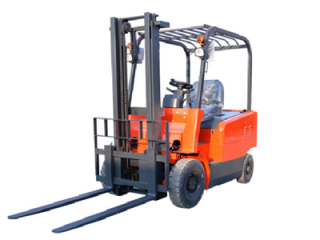 What are the correct methods and precautions for charging electric forklifts?