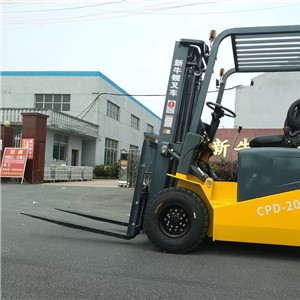 Precautions for safe driving of electric forklifts