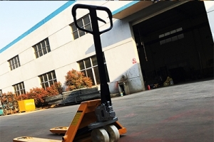Introduction to the structure of manual hydraulic forklift